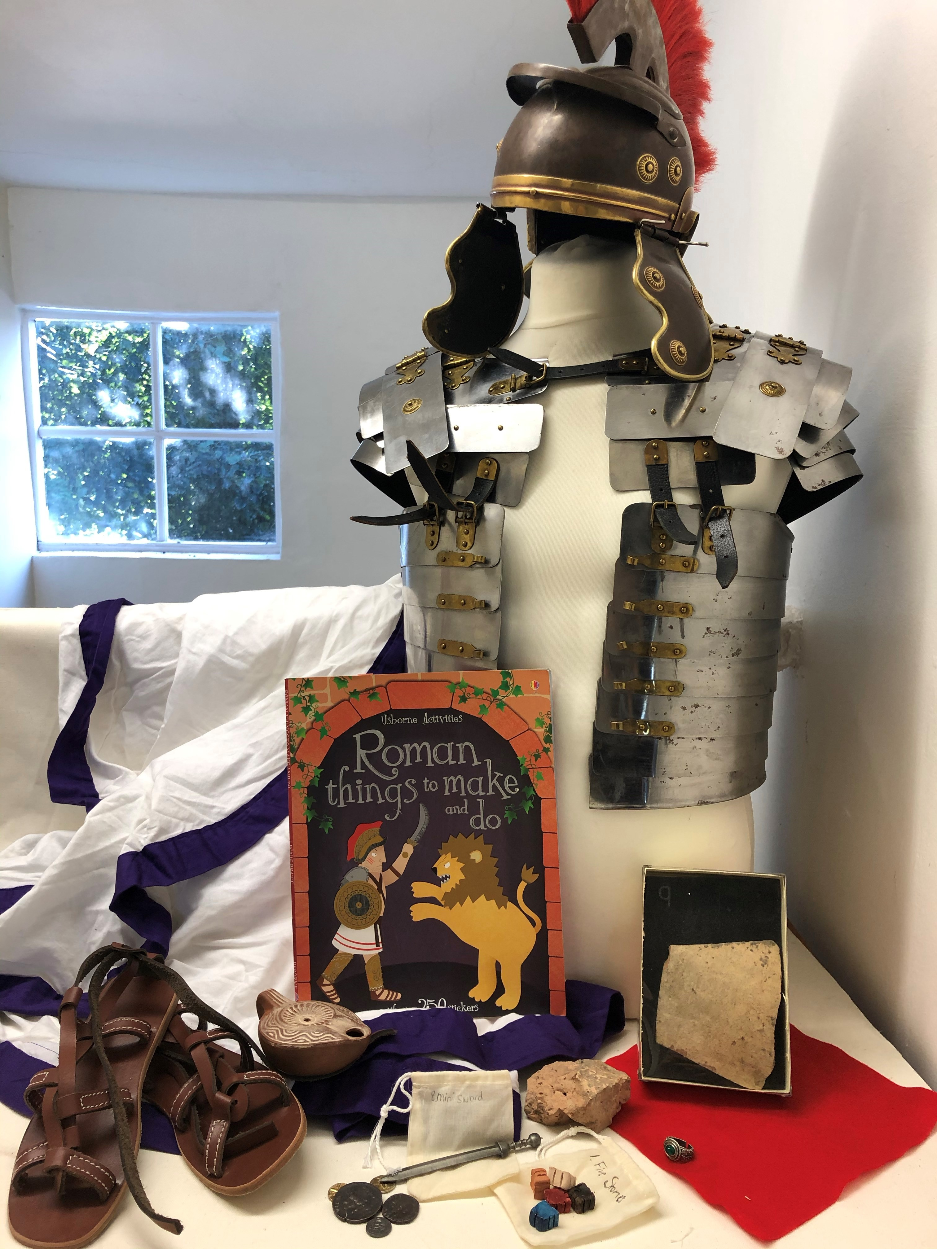 Roman army and leaders box contents costumes and objects